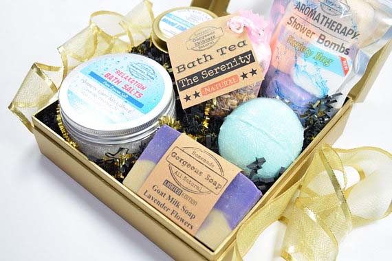 Gifts for Mom - Spa Box