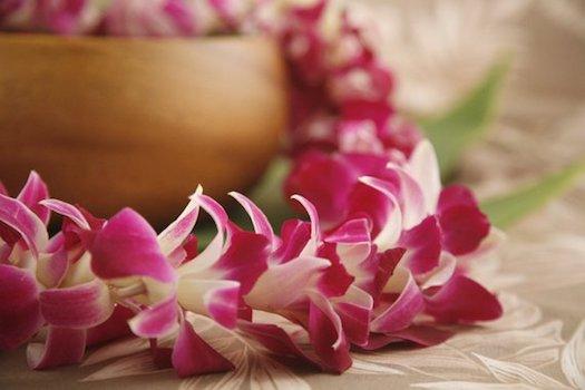 Hawaiian Gifts - Fresh Flower Lei